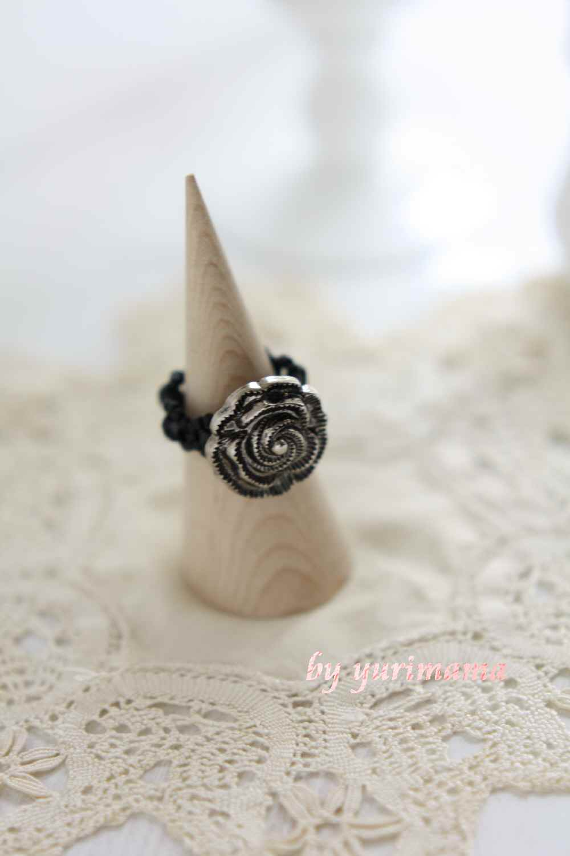 緑川先生のキットのバラのボタンリング